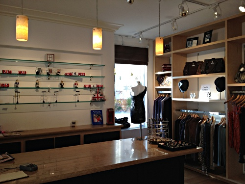 Located in the heart of downtown Walnut Creek, Norf London , owned by
