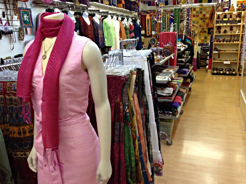 papayas-clothing-store.jpg