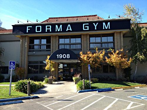 Judging gyms forma gym walnut creek beyond the creek for Gimnasio gym forma