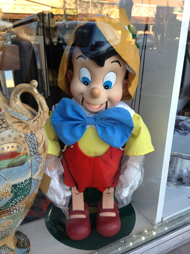 happy-new-year-pinocchio-2012