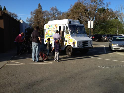 walnut-creek-civic-park-ice-cream-truck