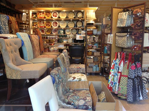 Pier 1 Imports. Pier 1 Imports is a chain retailer that specializes in imported furniture, home decor, and accessories. If any room in your home needs a little pick-me-up, or change, than Pier 1 should be your first stop shopping choice.