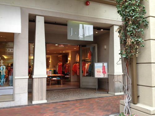 j-jill-old-store-broadway-plaza