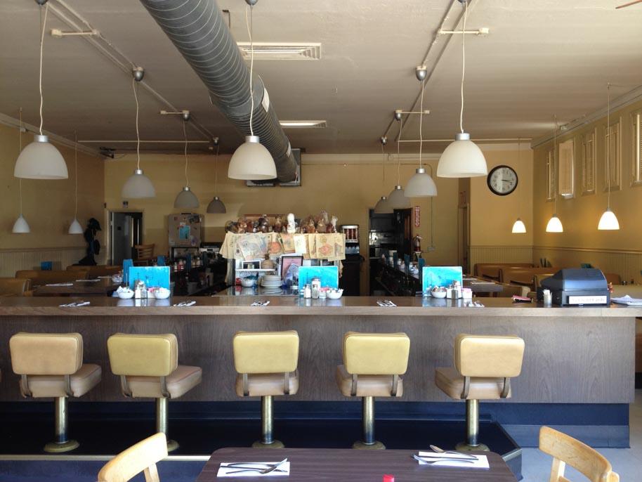 squirrels-coffee-shop-inside-lafayette