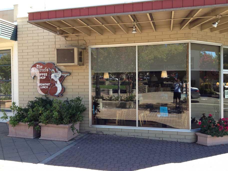 squirrels-coffee-shop-outside-lafayette