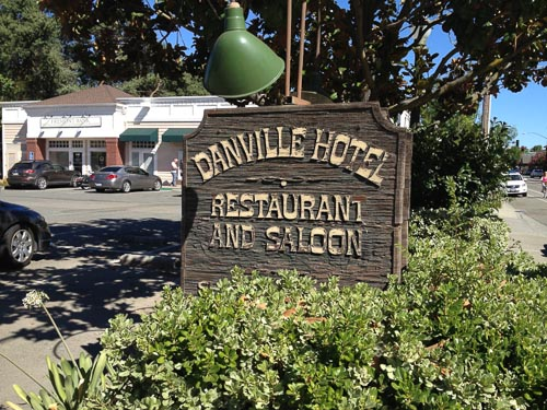 danville-restaurant-hotel-saloon-sign