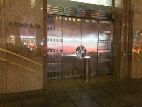 tiffany-new-york-door