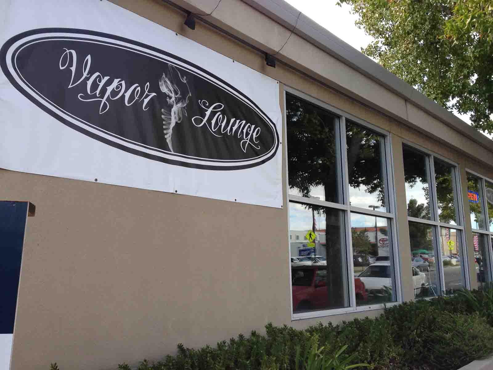 vapor-lounge-walnut-creek-outside