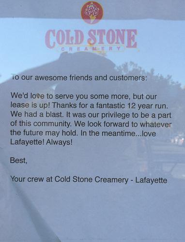 coldstone-creamery-lafayette-closed-sign