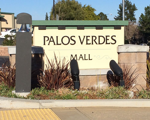 Palos Verdes Mall Sign