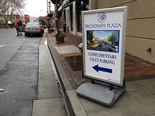 broadway-plaza-complimentary-parking