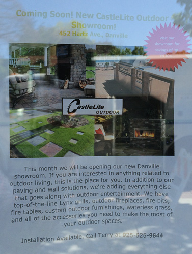 castlelite-outdoor-coming-soon-sign