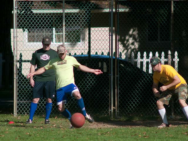 flickr-fixative-kickball