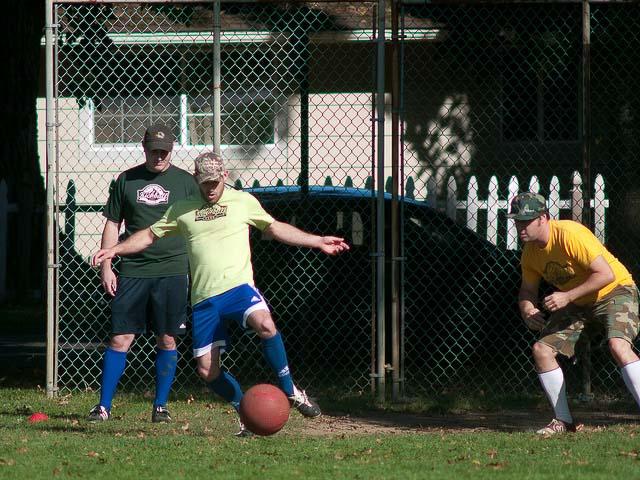 flickr-fixative-kickball