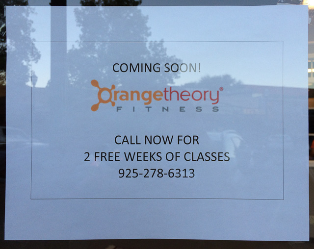 orangetheory-fitness-outside-sign-2-weeks-free