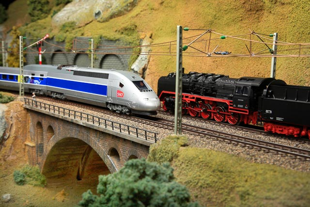 european model train display at blackhawk museum nov 28th jan 4th beyond the creek. Black Bedroom Furniture Sets. Home Design Ideas