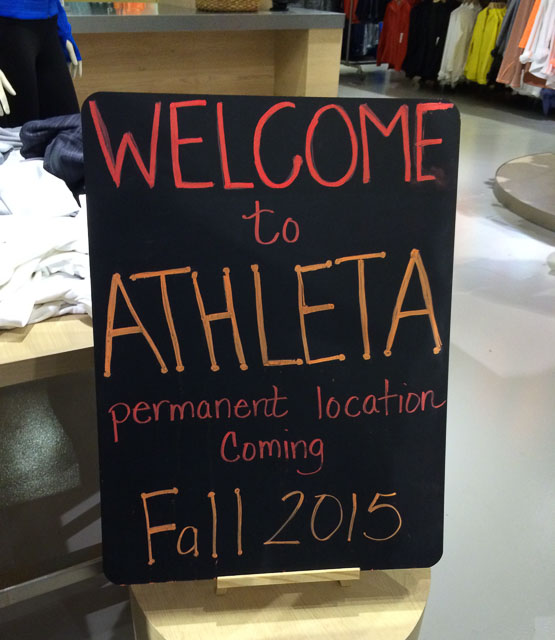 athleta-walnut-creek-moving-sign