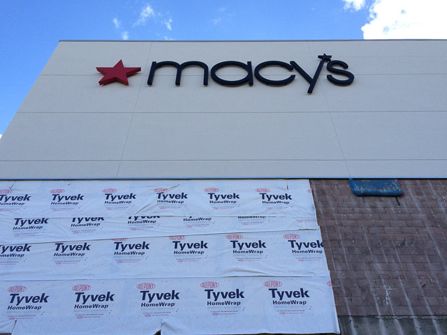 broadway-plaza-macys-white-facade-dev