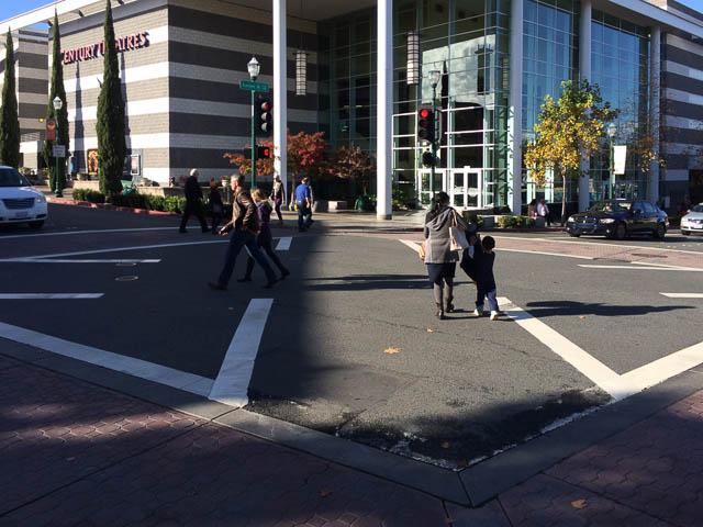 walnut-creek-scramble-crosswalk