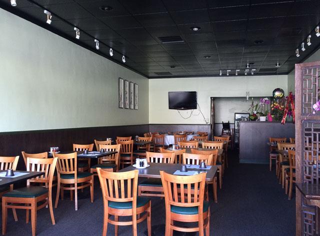 happy-valley-restaurant-lafayette-inside