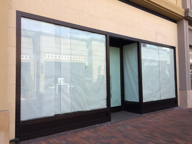inspirato-broadway-plaza-closed