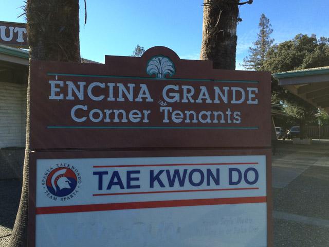 encina-grande-corner-tenants-sign-5