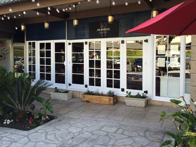 hideout-kitchen-lafayette-outside