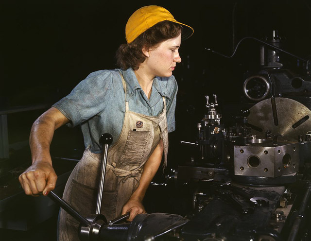 woman-factory-1940s