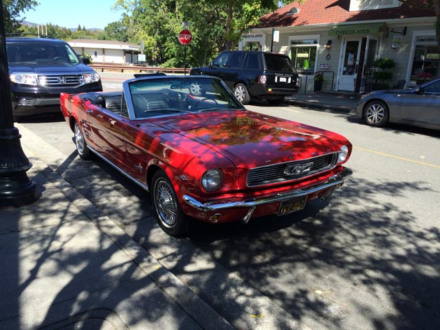 ford-mustang-red-danville
