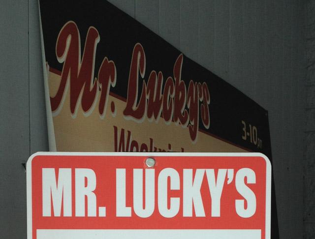 mr-luckys-sign-walnut-creek