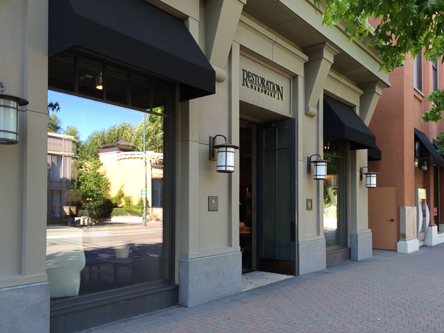 Restoration Hardware Walnut Creek Outside Broadway Pointe