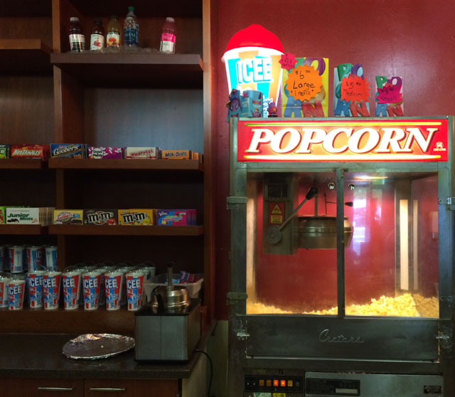 rheem-theater-moraga-inside-popcorn