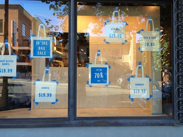 urban-outfitters-window-display-walnut-creek