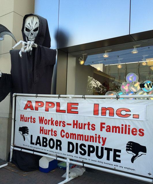 apple-protest-grim-reaper-walnut-creek