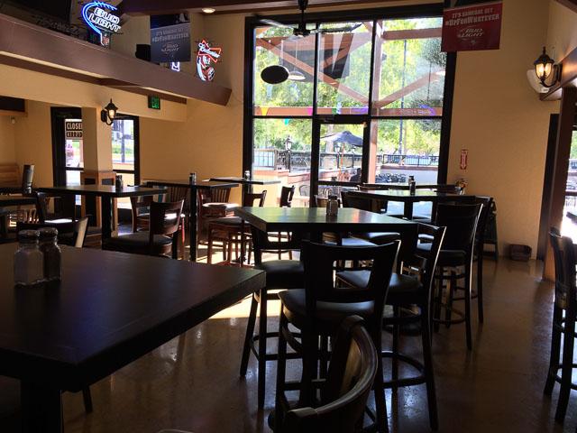 grant-street-pub-pizzaria-concord-inside