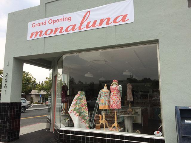 monaluna-walnut-creek-outside