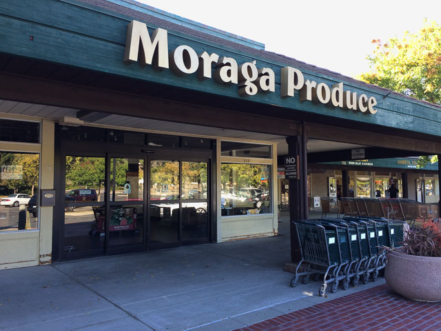 moraga-produce-outside