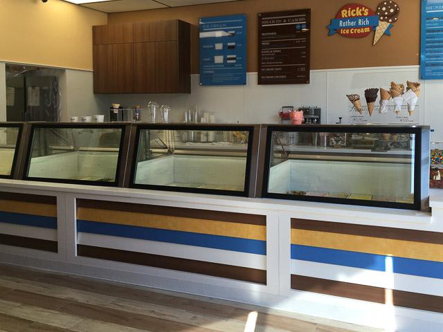 ricks-ice-cream-concord-inside-2