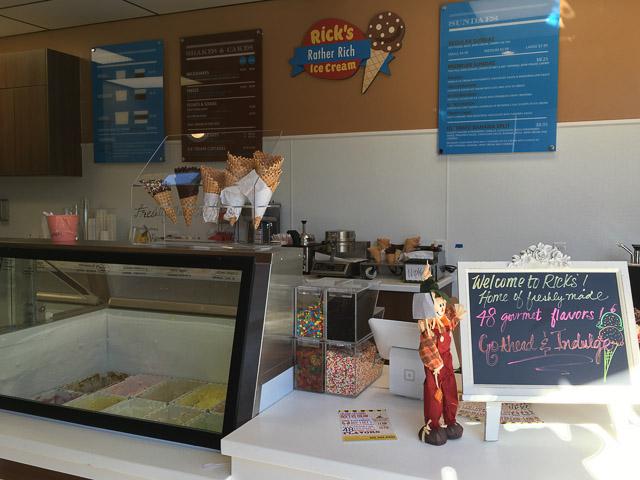 ricks-ice-cream-concord-inside