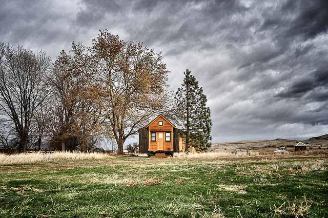 flickr-rowdykittens-tiny-house
