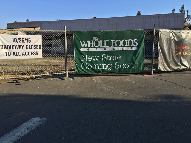 whole-foods-encina-grande-sign