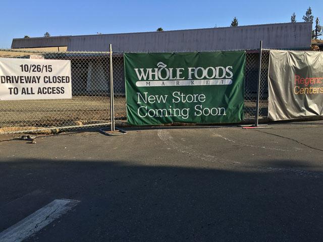 whole-foods-encina-grande-sign