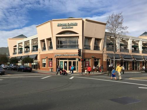 Barnes & Noble Closes in Walnut Creek – Beyond the Creek
