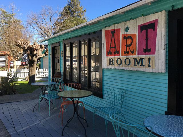 art-room-lafayette-new-location-outside