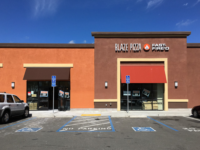 blaze-pizza-concord-outside-dev