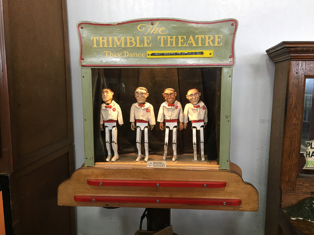 musee-mecanique-thimble-theatre