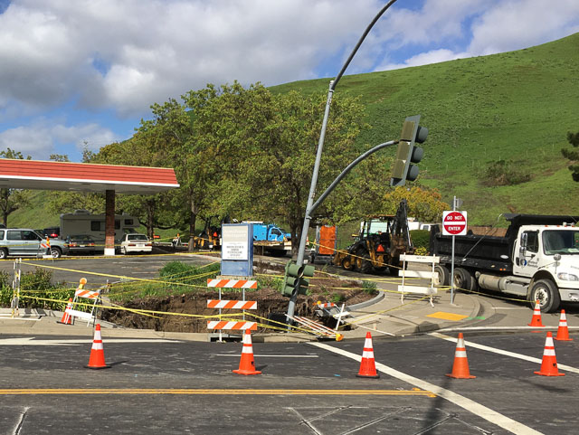 pge-sink-hole-moraga