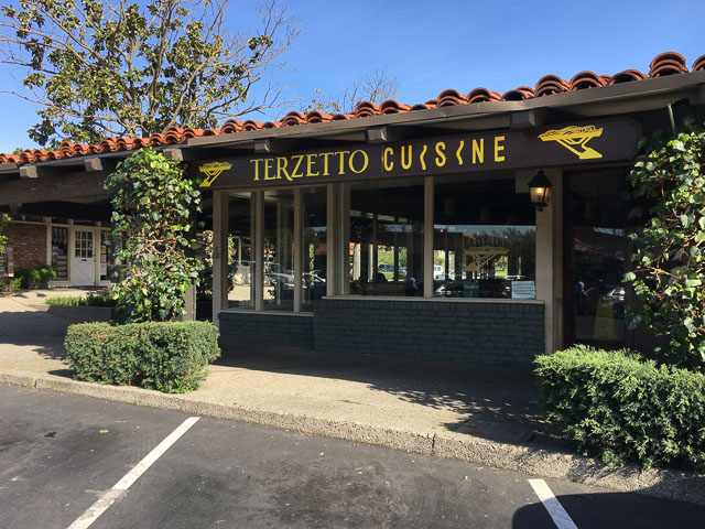 terzetto-cuisine-moraga-outside-closed
