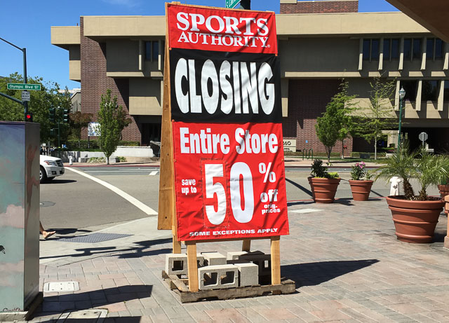 sports-authority-walnut-creek-closing-sign