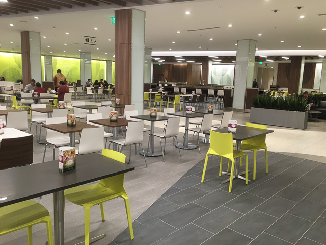 sunvalley-concord-food-court-seating